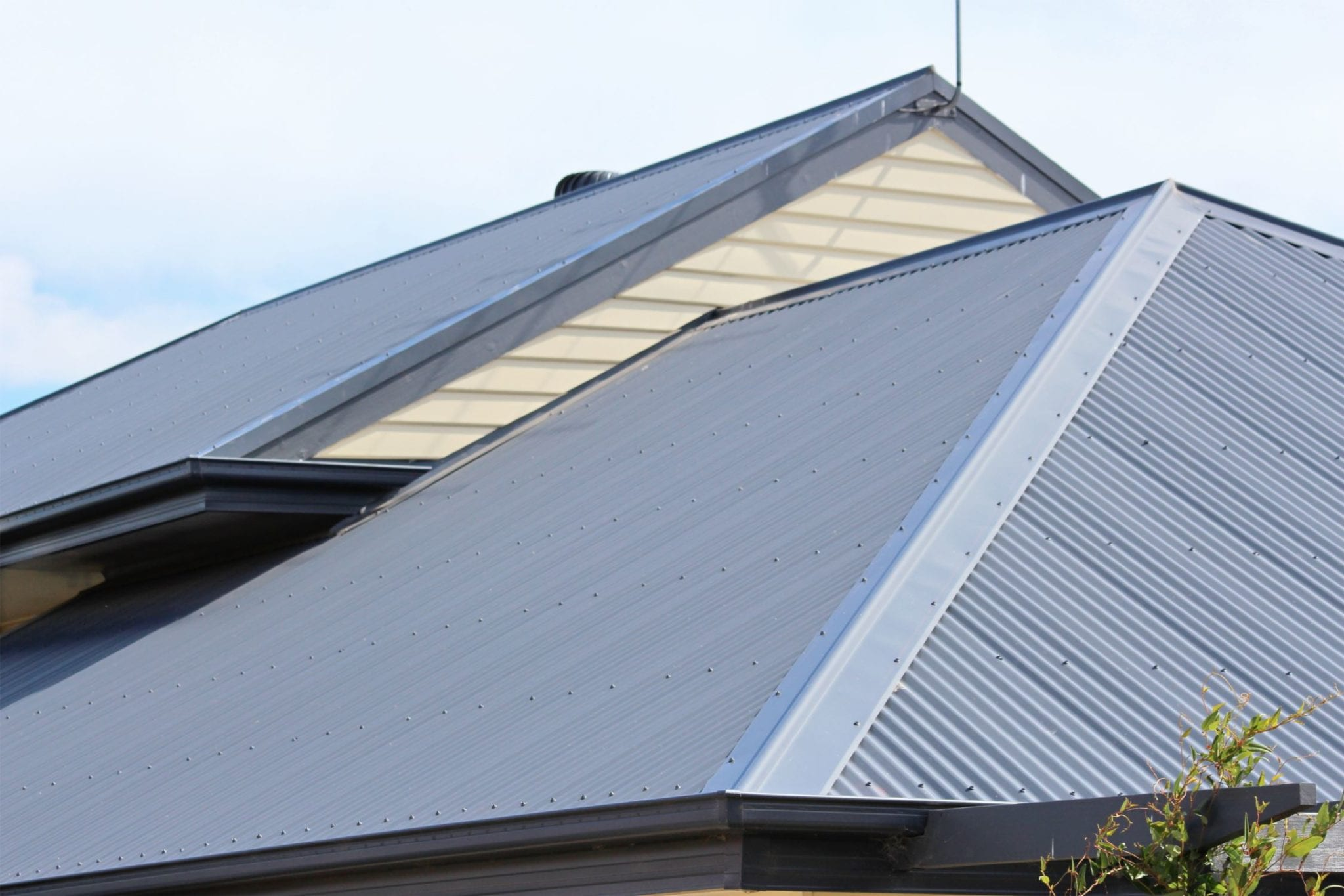 Replace Tile Roof with Metal Roof, Fascia and Guttering